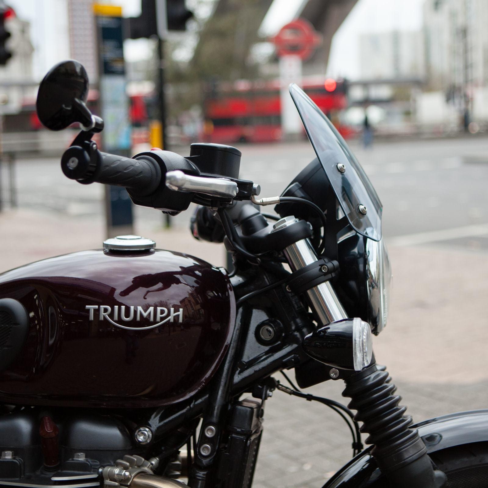 Dart Classic Flyscreen Triumph Bobber Black 2018 Dark Tint TBB01D-41