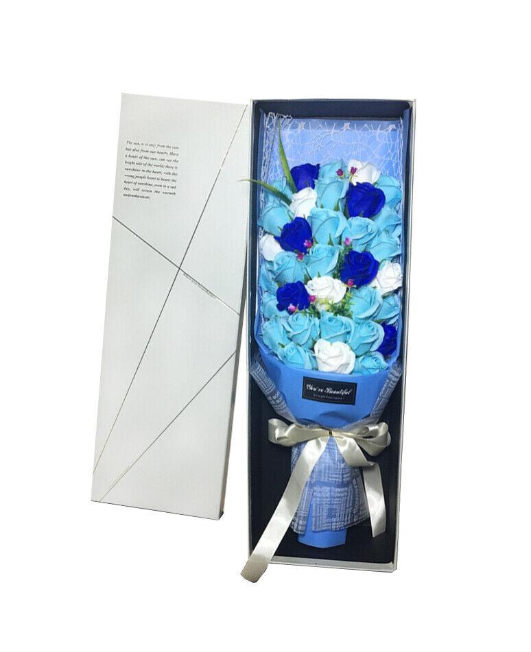 Je t'aime 33 tiges de bleu ensorcelée savon roses Immortelle fleur