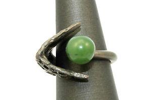 Vintage-STUDIO-Modernist-BRUTALIST-Sterling-Silver-JADE-Ring-Size-5-25