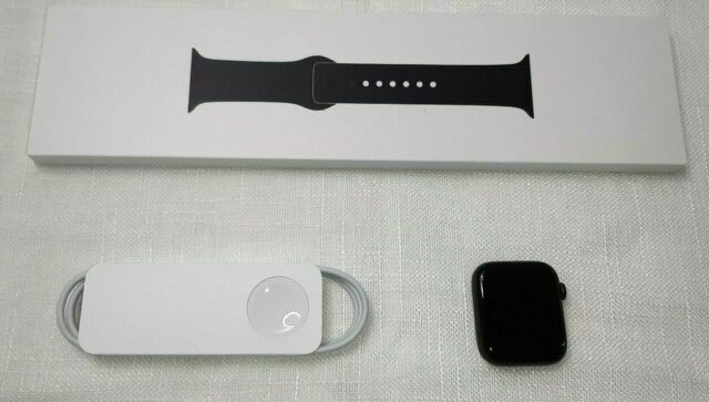 Apple Watch Series 6 Space Gray Aluminum Case Black Sport Band 44mm
