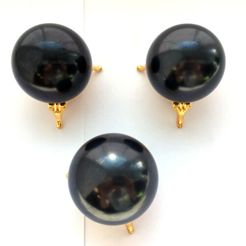 Set 3 stands+Spheres of shungite polished 40mm 1,57 inches