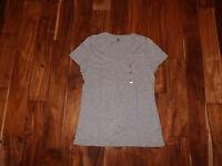 NEW Womens TOMMY HILFIGER V-Neck Gray Heather Short Sleeve Shirt Size XL X-Large