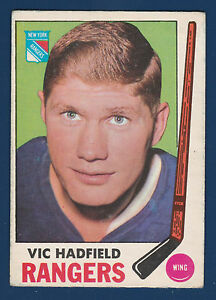 VIC-HADFIELD-69-70-O-PEE-CHEE-1969-70-NO-38-EX-4721