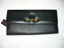 No Boundaries Ladies Clutch Wallet Black /& White Hearts With Gold Accents NEW