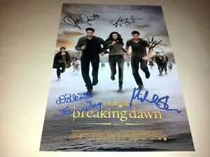 TWILIGHT-4-BREAKING-DAWN-PART-2-CAST-PP-SIGNED-12-X8-POSTER-ROBERT-PATTINSON