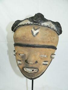 PENDE-Maske-MUYOMBO Kongo incl. Ständer Maske Afrika Eisenständer