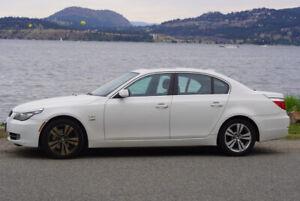 2010 BMW 528xi - Best Deal on Kijiji