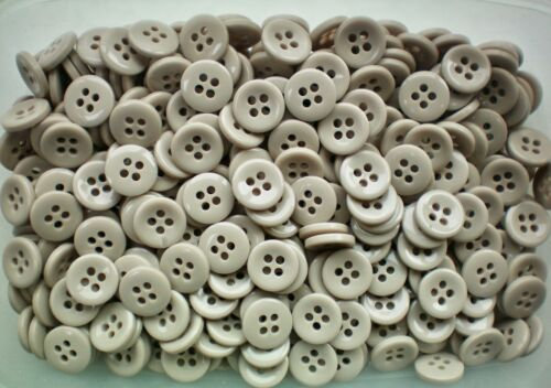 S98 18mm 28L Light Beige Stone Natural 4 Hole  Polished Craft Jacket Buttons