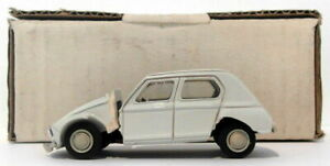 Duvi-Models-1-43-Scale-Resin-002-Citroen-Dyane-White