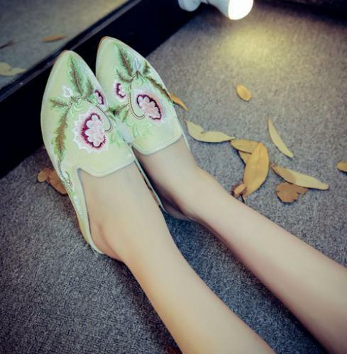 Womens Fashion Embroidered Floral Pointed Toe Mules Shoes Flats Slippers Loafers