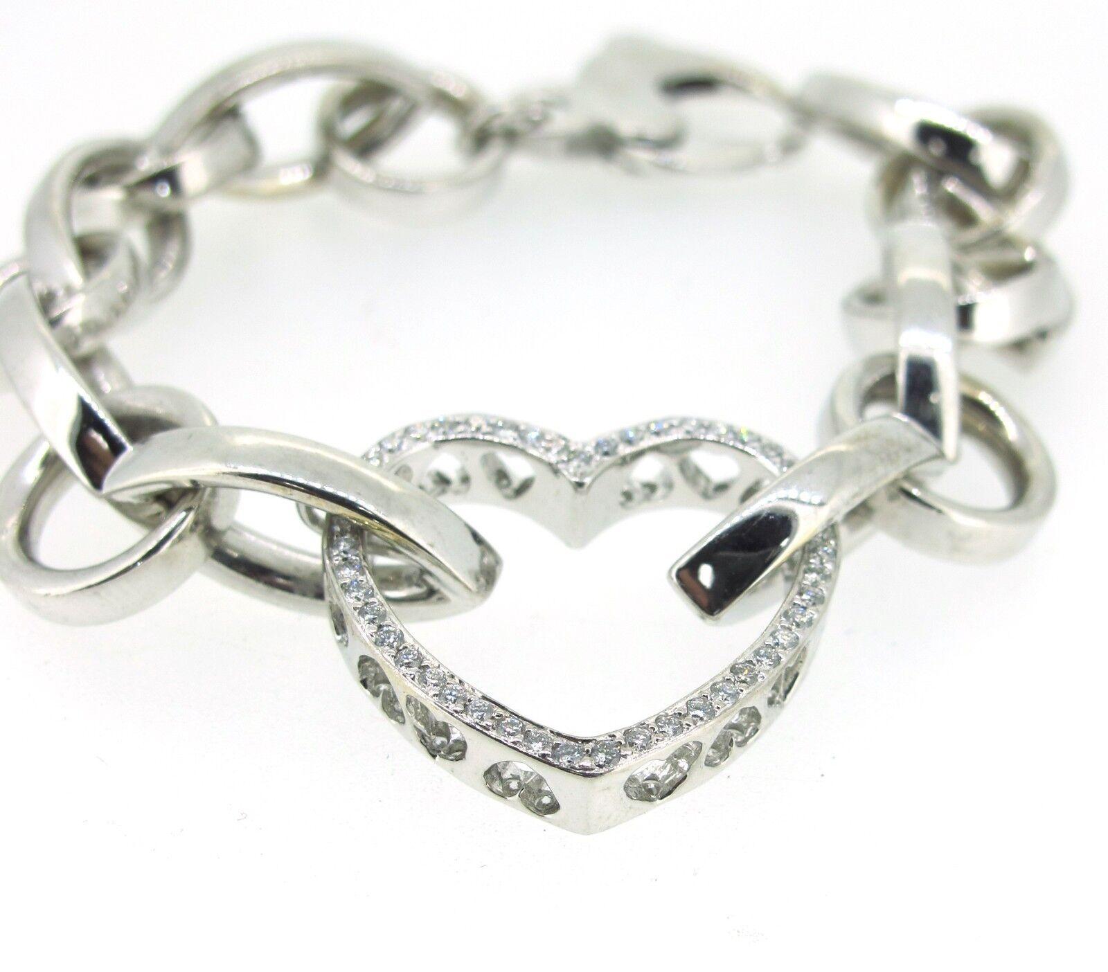 .96 ct tw Diamonds Round Brilliant Cut 18k White gold Fancy Heart Bracelet 7.5''