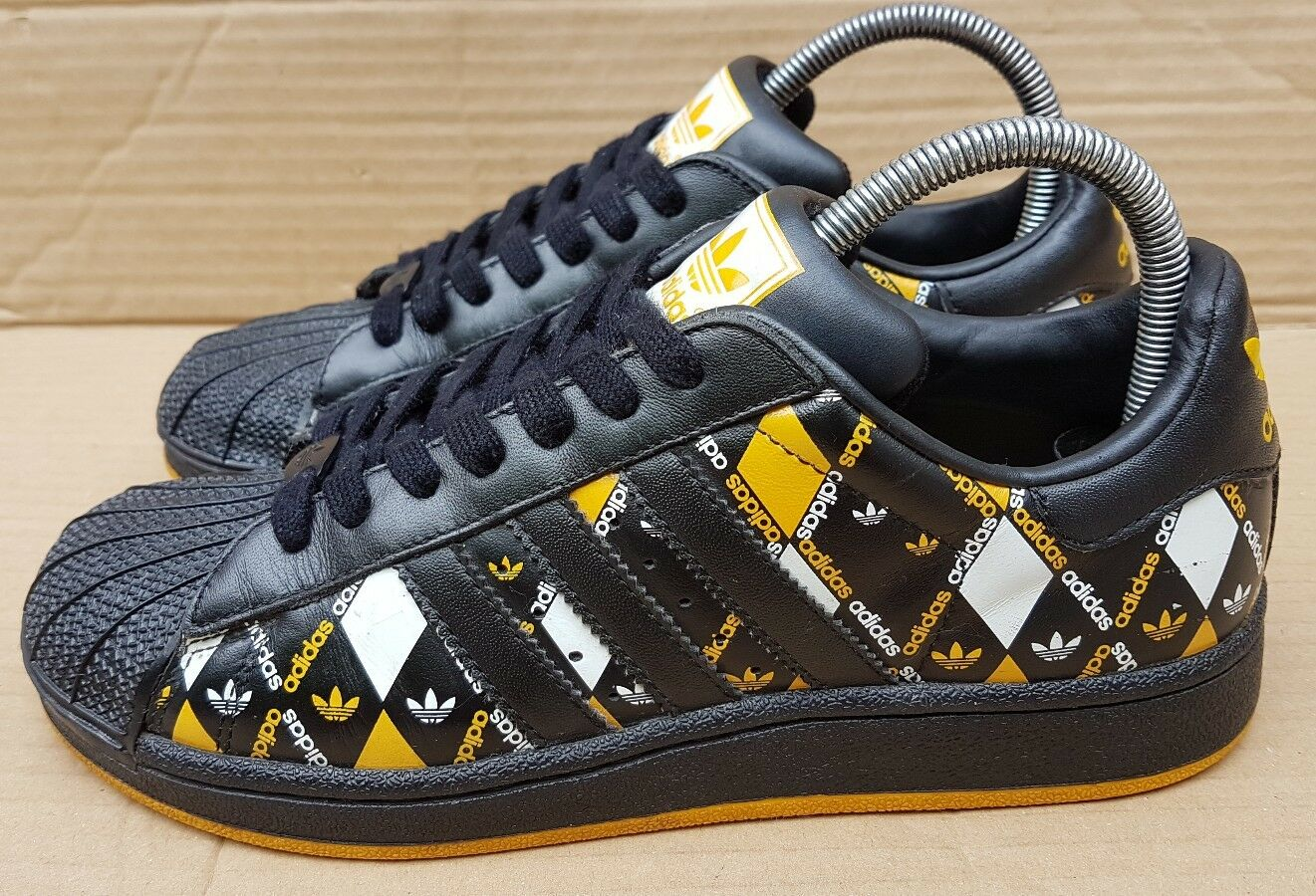 ADIDAS SUPERSTAR TRAINERS BLACK YELLOW SIZE 4 UK RARE YELLOW BLACK WHITE DIAMOND EXCELLENT aa59c5