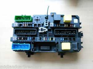 vauxhall astra h (mk5) boot fuse relay control box module 13180773 fuse chart image is loading vauxhall astra h mk5 boot fuse relay control