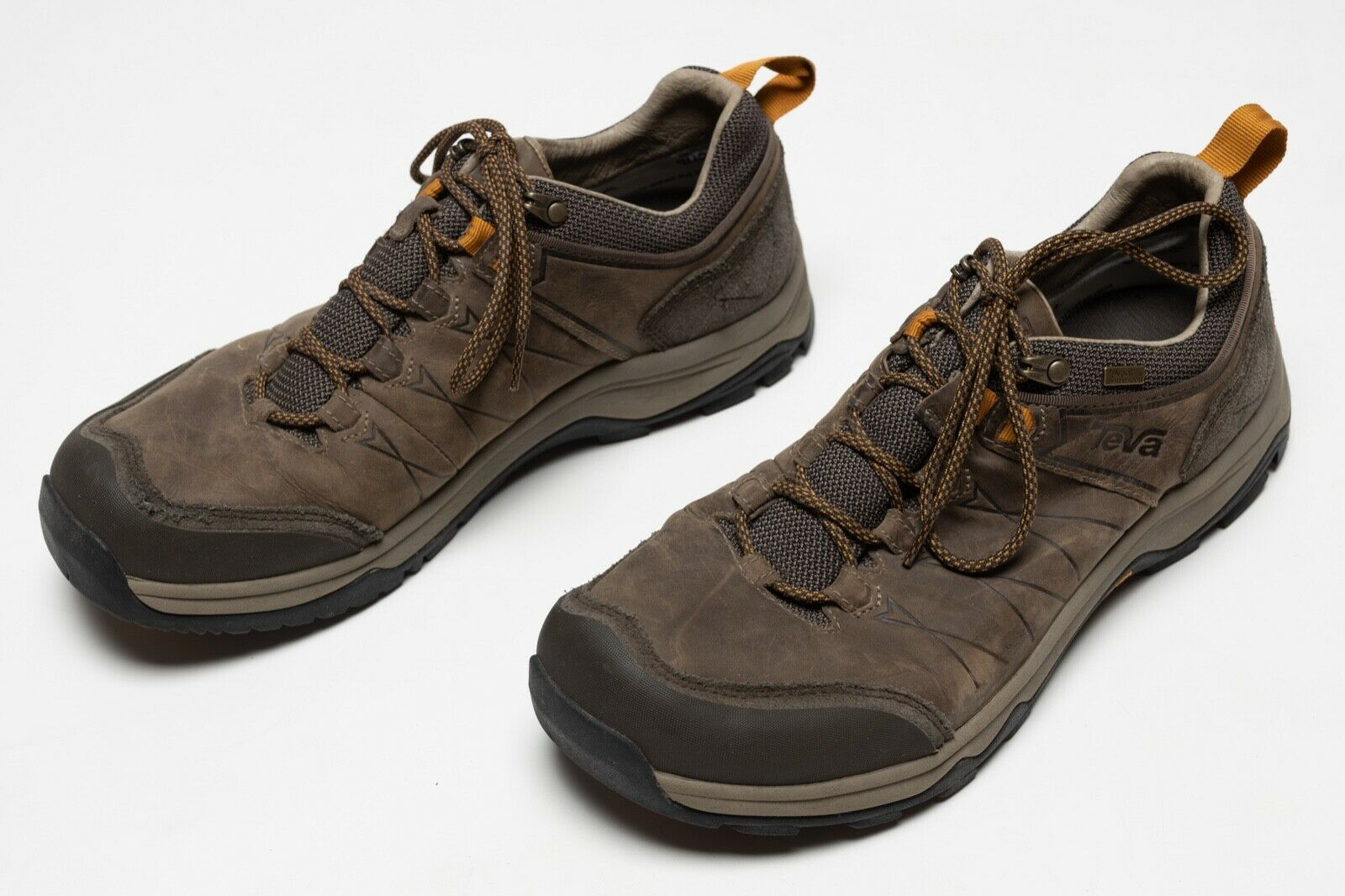Mens Teva Arrowood Riva Low WP Waterproof Hiking Shoes Walnut Size US 11