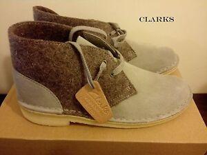 Clarks Originals Uomo Desert Boot Grigio Feltro in Pelle