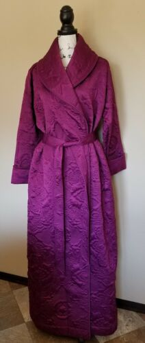 Soft Surroundings Berry Quilted Robe Housecoat Wom
