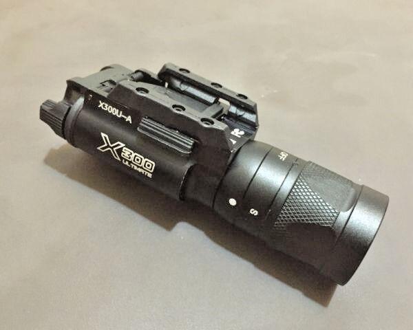 Evolución X300V pistola de luz de Noche linterna LED de montaje carril con Flash Stun-BK