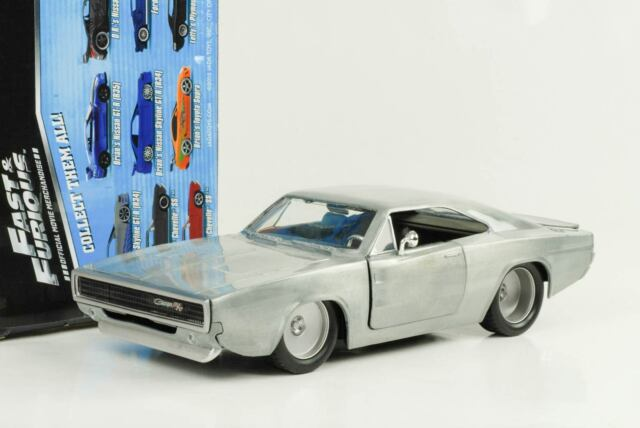 1968 Doms Dodge Charger R/T Fast And & Furious 7 Bare Metallo 1:24 Jada