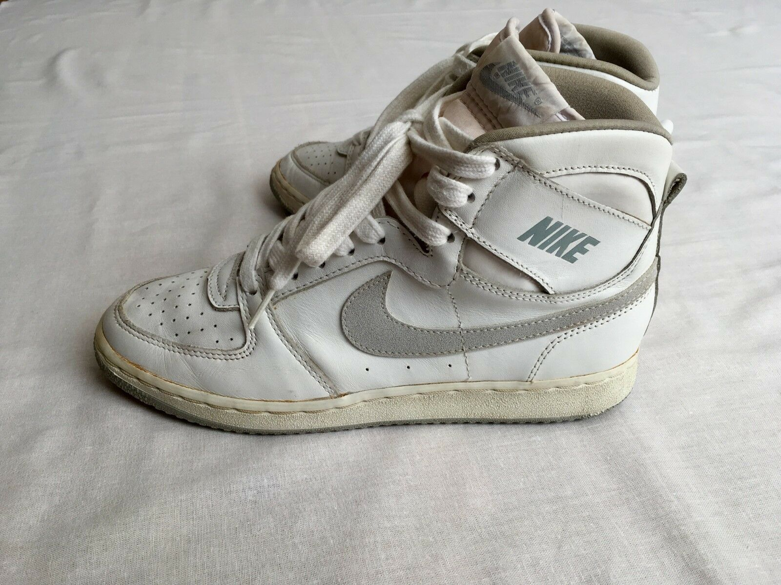 Vintage RARE 1986 Nike Convention size US6.5 (in fact 25.5cm) MINT