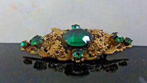 VICTORIAN-BROOCH-PIN-CZECH-EMERALD-Cut-Glass-Stones-Gold-Filigree-Floral