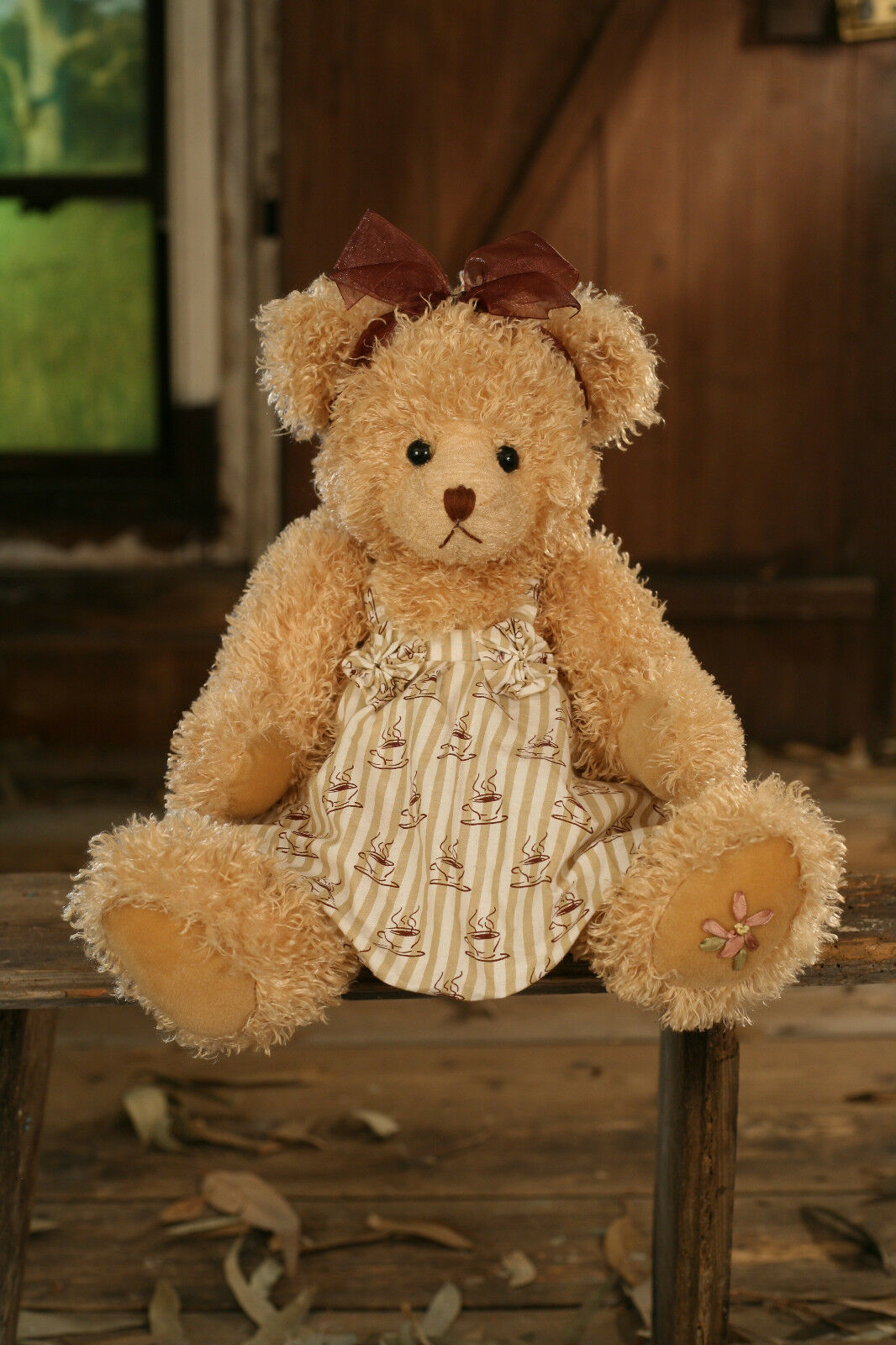 Settler Bears 'Layla' Handmade Teddy Bear Gift Linen Dress 43cms BRAND NEW