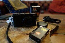 Fuji Fujifilm X70 Digital Camera - BLACK - APS-C X-Trans CMOS