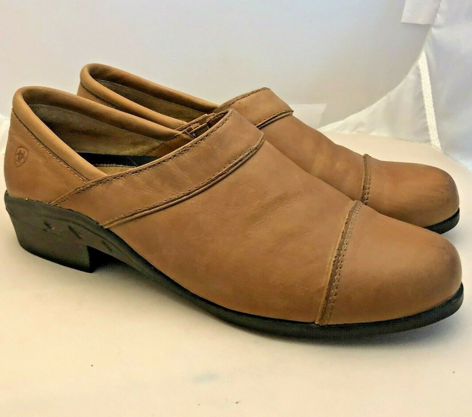 Women's 8.5 B M Ariat Sport Clog Tan Brown Leather Cap Toe Shoes Slip-On Loafers