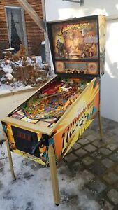 Flipper IJ Indiana Jones with Real Gold-Collectors Item