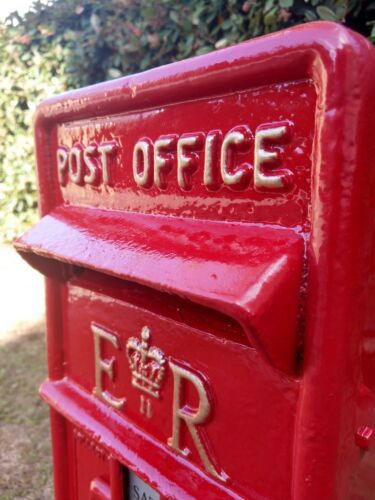 FOR HIRE ROYAL MAIL POST BOX WEDDINGS BIRTHDAYS COLLECTION FROM SLOUGH BERKSHIRE