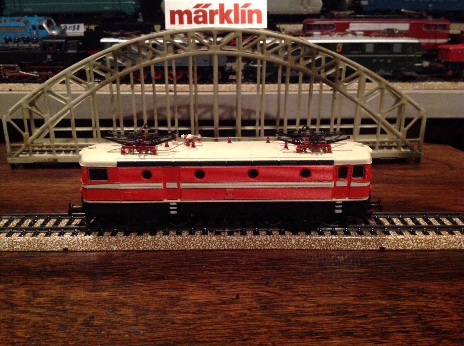 Marklin 3041 Electric loco, 4-4, Ho sacle, Austrian railways,original box