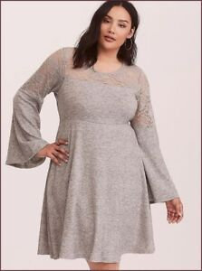 b5d8466a3756c TORRID women s (00) M-L 10) Grey Bell Sleeve Lace Inset knitted ...