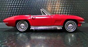 1-1967-Corvette-Chevrolet-18-Sport-Race-Car-25-Vintage-12-Carousel-Red-24-1963