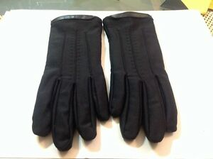 NWOT! Ladies Winter Nylon/ Spandex w/Lining Gloves ~ Black ~ Size M/L