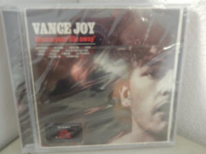 Vance-Joy-Dream-Your-Life-Away-NEU