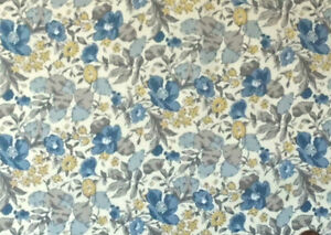 CREAM-WITH-A-BLUE-amp-GOLD-FLORAL-DESIGN-100-COTTON-FABRIC-FQ-039-S
