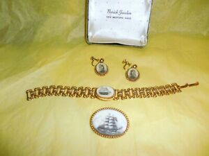 Vintage-New-Bedford-Scrimshaw-Jewelry-Tall-Ships-Three-Piece-Boxed-Set