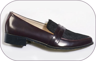 BRAND NEW 1 HEELED LOAFER IN THE COLOUR: BERRY/BLACK - UK SIZE 7 (40) BOXED