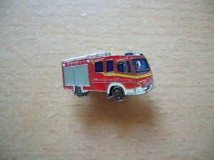 Epinglette-Sapeurs-Pompiers-Camion-Citerne-Incendie-pour-les-Pompiers-Lf-8-6