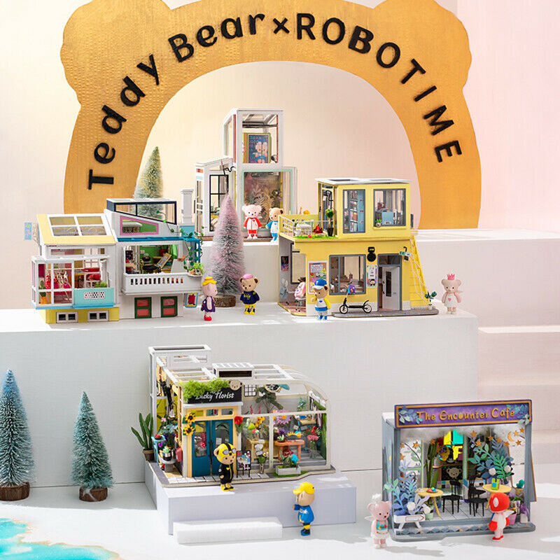 ROBOTIME DIY Holz Puppenhaus mit Teddybär Häuse Miniatur Möbel Kits Geschenk