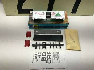 Athearn-Bev-Bel-Ho-Scale-Carload-of-Trains-Christmas-40-Boxcar-Unassembled-NOS