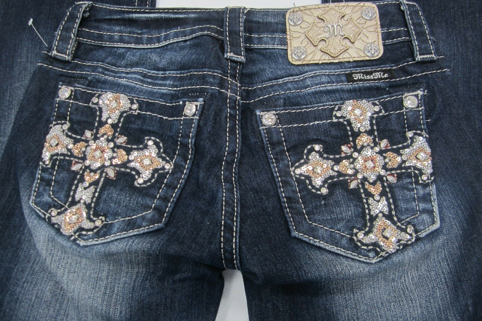 NWOT  Miss Me Sequin   Crystals  Cross Signature Boot Cut Jeans Size 24x30