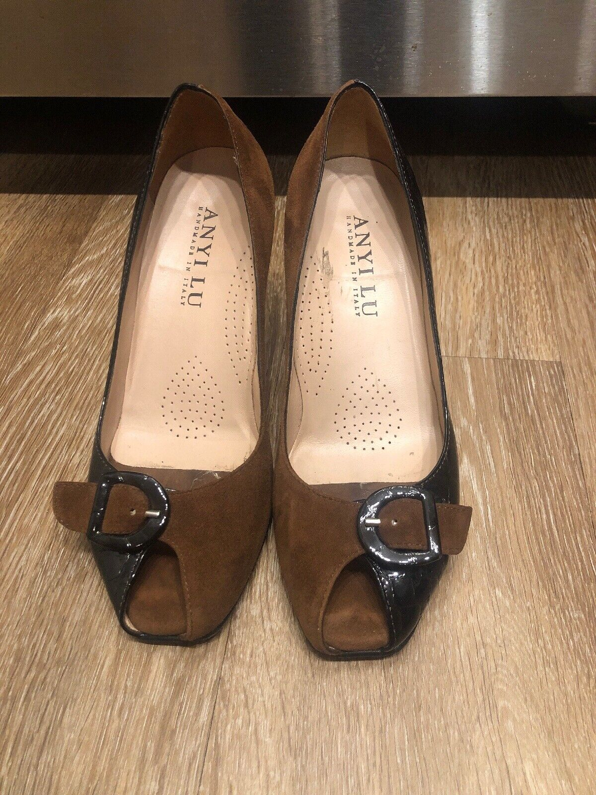 Anyi Lu Brown Suede Patent Leather Peep Toe Pumps Women's 37 Italy
