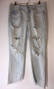American-Eagle-Womens-10-Regular-Tomgirl-Destroyed-Denim-Light-Blue-Jeans