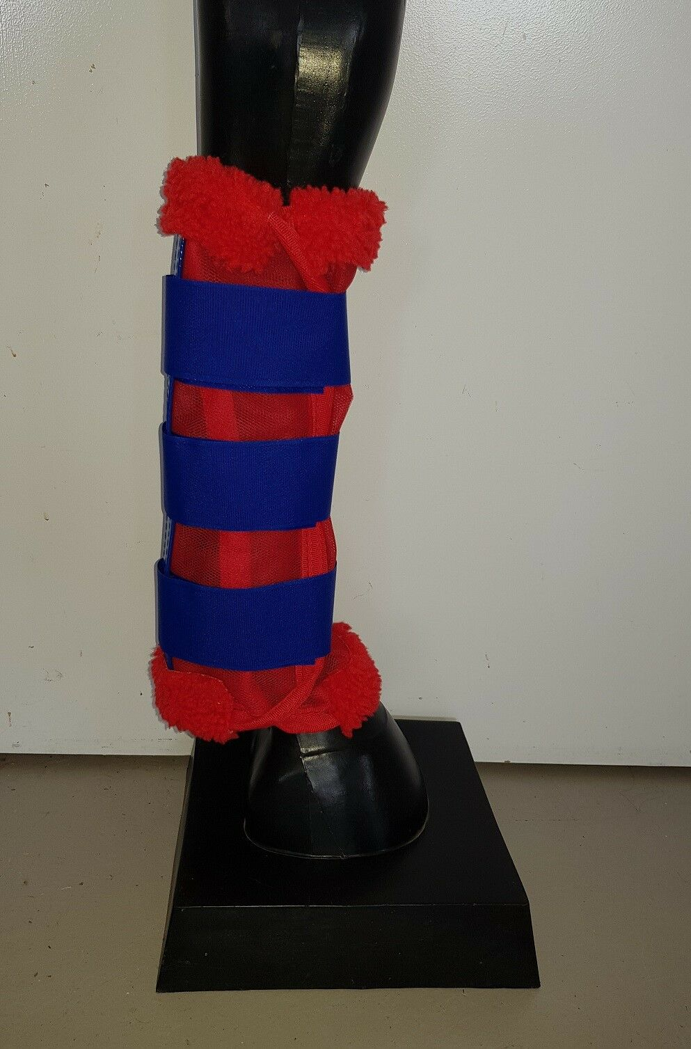Horse Fly Mesh Boots Set of 4 Red & Royal bluee Australian Made Summer Predection