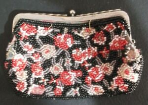 Vintage-Handmade-micro-beaded-Beadwork-Coin-Change-Purse-110x70mm-with-Flowers