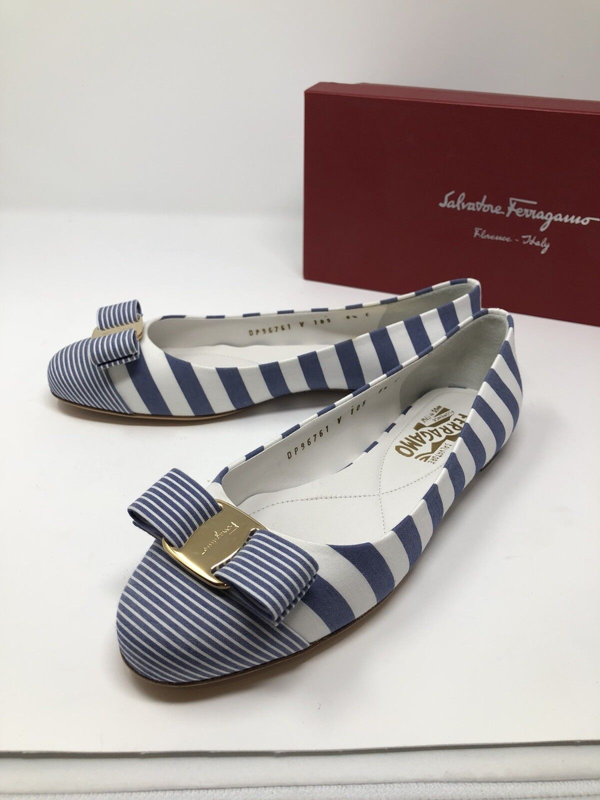 600 New Salvatore Ferragamo Womens bluee White Ladies shoes Size 6.5 C US