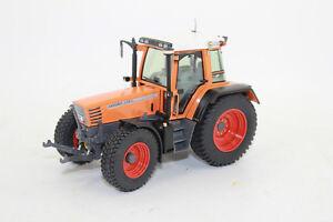 Weise toys 1101 kommunal fendt 514 c favorit 1 32 traktor for Fenster xylon