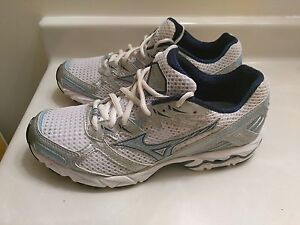 66a12ae8c3ee6 Women's Mizuno Wave X10 Athletic Volleyball 8KN-12129 Shoes. Size ...
