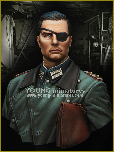 Young Miniatures Operation Valkyrie WW2 1 10th Bust YM1854 Unpainted kit