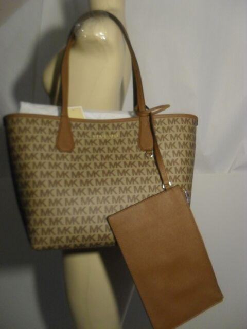 b931fcecfffb Michael Kors Candy Large Reversible Tote Luggage Brown Signature Khaki  Pouch Bag